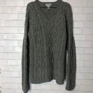 LL Bean Wool Cable Knit V Neck Sweater M Tall